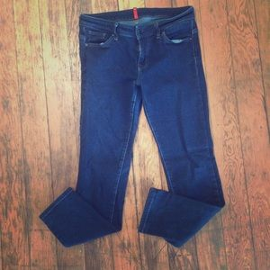 Uniqlo | Skinny Fit Tapered Middle Rise Jeans